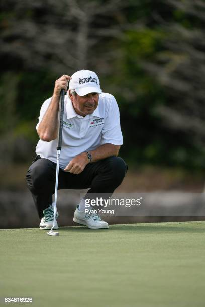 Fred Couples lines up a putt on the eighth green during the first round of the PGA TOUR Champions Allianz Championship at The Old Course at Broken...