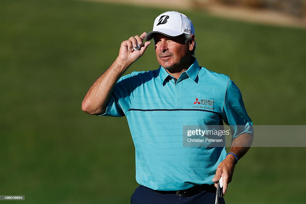 Fred Couples reacts to fans after a par putt on the 17th green during the second round of the Charles Schwab Cup Championship on the Cochise Course at The Desert Mountain Club on November 6, 2015 in Scottsdale, Arizona.