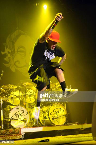 Fred Durst of Limp Bizkit performs at Palasharp on June 14, 2009 in Milan, Italy.