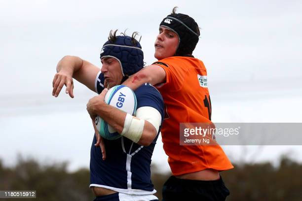 Fred Fewtrell of Queensland competes in the lineout with Josh Bowd of the Eagles during the National U19s Championship 3rd Place Play-Off between NSW...