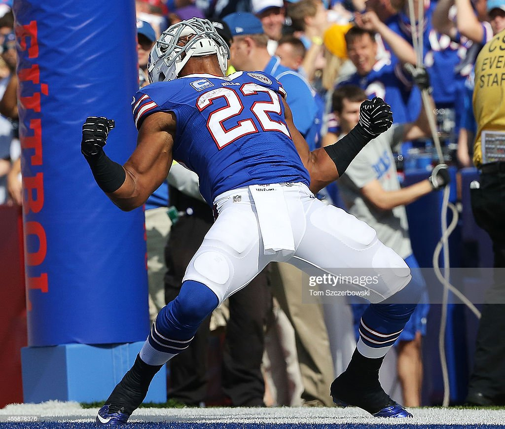 Fred Jackson #22 of the Buffalo Bills celebrates a touchdown against the San Diego Chargers during the second half at Ralph Wilson Stadium on September 21, 2014 in Orchard Park, New York.