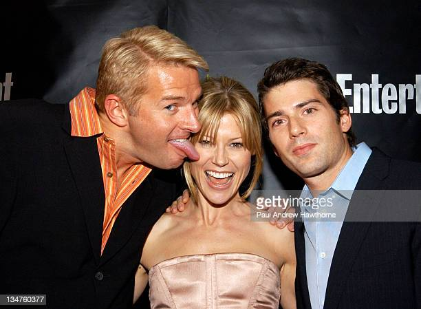 Fred Nelson VP of Editorial Development at Entertainment Weekly Julie Bowen and fiance Scott Phillips attend Entertainment Weekly's party celebrating...