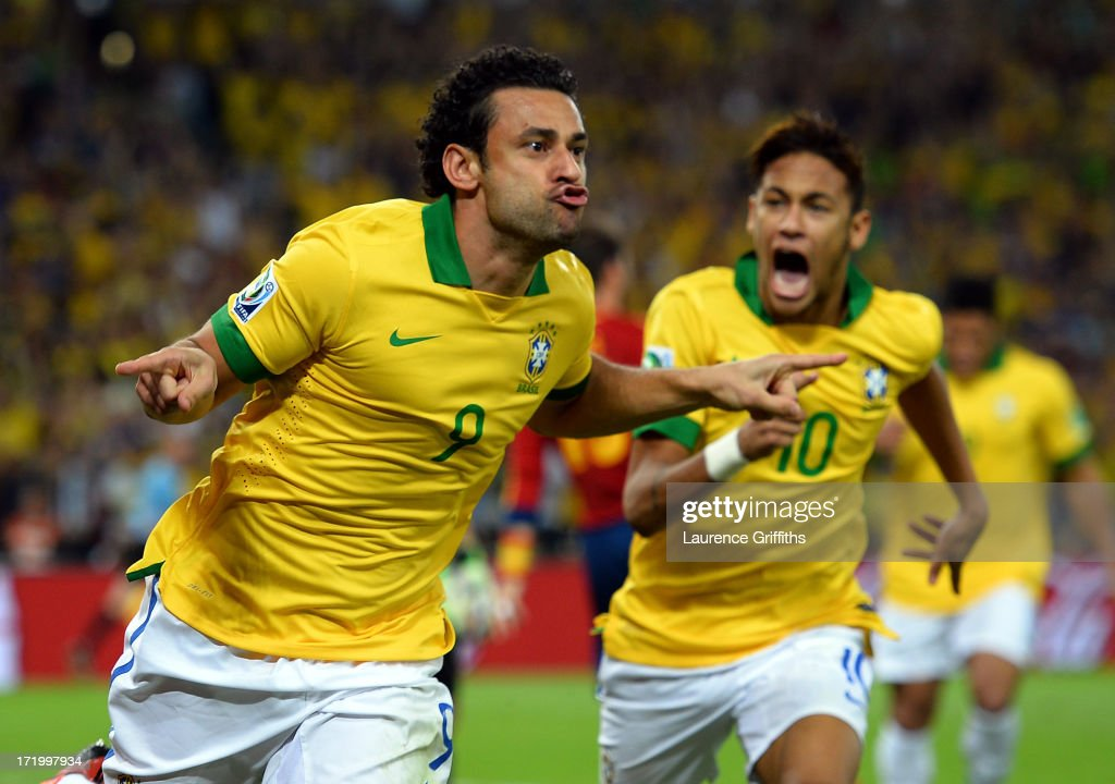 Fred of Brazil celebrates scoring the opening goal with team-mate Neymar (R) during the FIFA Confederations Cup Brazil 2013 Final match between Brazil and Spain at Maracana on June 30, 2013 in Rio de Janeiro, Brazil.