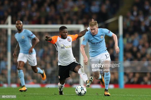 Fred of Shakhtar Donetsk and Kevin De Bruyne of Manchester City battle for possession during the UEFA Champions League Group F match between...
