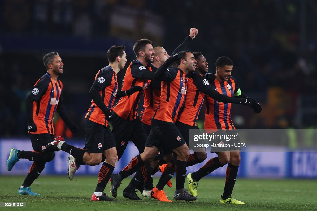 Fred of Shakhtar Donetsk celebrates his goal with team-mates during the UEFA Champions League Round of 16 First Leg match between Shakhtar Donetsk and AS Roma at Metalist Stadium on February 21, 2018 in Kharkov, Ukraine.