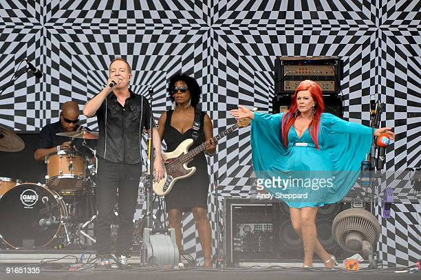 Fred Schneider and Kate Pierson of The B-52's perform on stage on Day 3 of Austin City Limits Festival 2009 at Zilker Park on October 4, 2009 in...