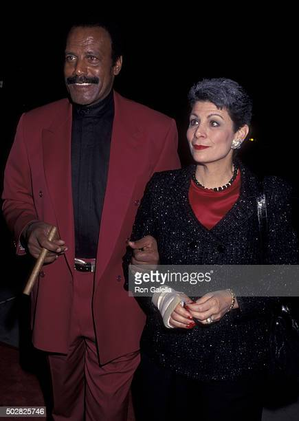 Fred Williamson and wife Linda Williamson attend the premiere of From Dusk Till Dawn on January 17 1996 at the Cinerama Dome Theater in Hollywood...