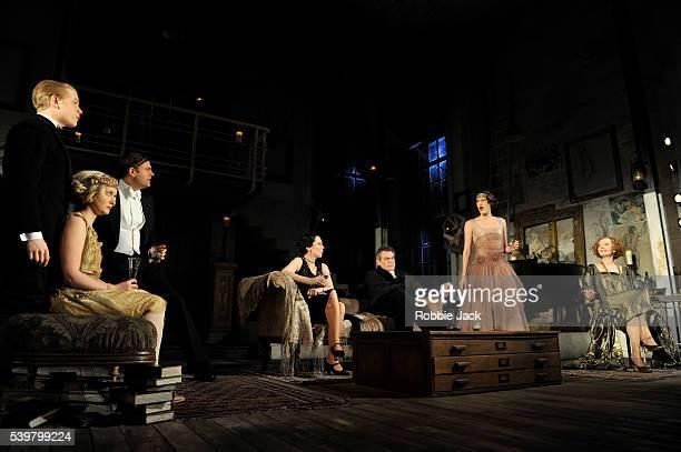 Freddie Fox as Simon BlissAmy Morgan as Jackie CorytonSam Callis as Sandy TyrellOlivia Colman as Myra ArundelKevin R McNally as David BlissPhoebe...