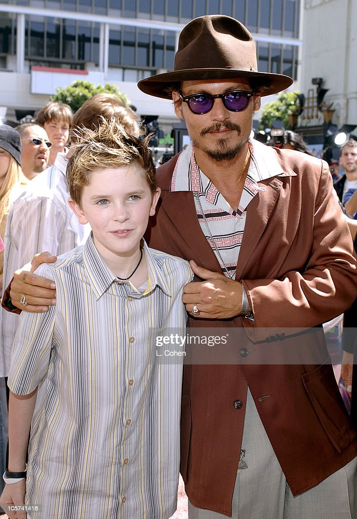 """""""Charlie and the Chocolate Factory"""" Los Angeles Premiere - Chocolate Carpet : News Photo"""