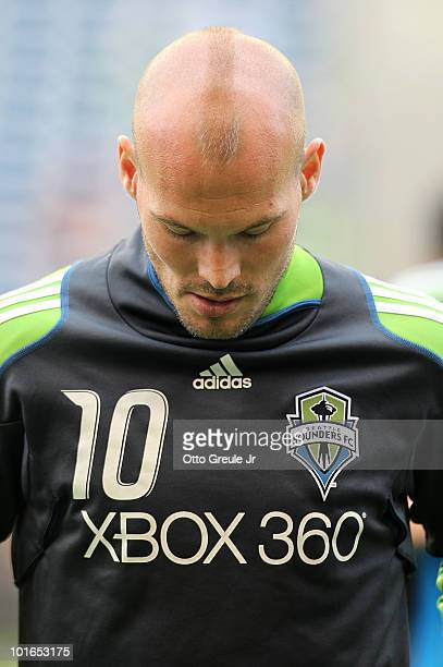 Freddie Ljungberg of the Seattle Sounders FC sported a new Mohawk haircut for the game against the New England Revolution on June 5 2010 at Qwest...