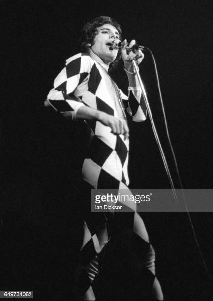 Freddie Mercury of Queen performs on stage on the 'A Night At The Opera Tour' tour, Hammersmith Odeon, London, 29 November 1975.