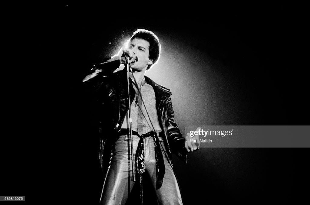 Freddie Mercury Of Queen : News Photo