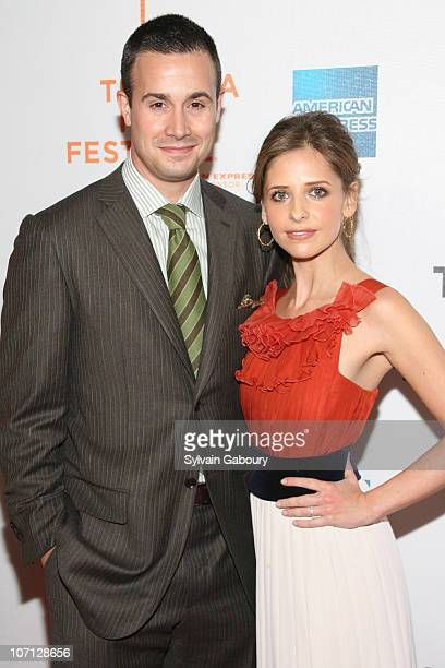 Freddie Prinze Jr and Sarah Michelle Gellar during 6th Annual Tribeca Film Festival Premiere of 'Suburban Girl' Red Carpet Arrivals at BMCC Tribeca...