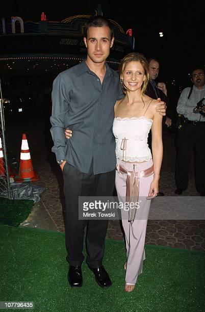 Freddie Prinze Jr and Sarah Michelle Gellar