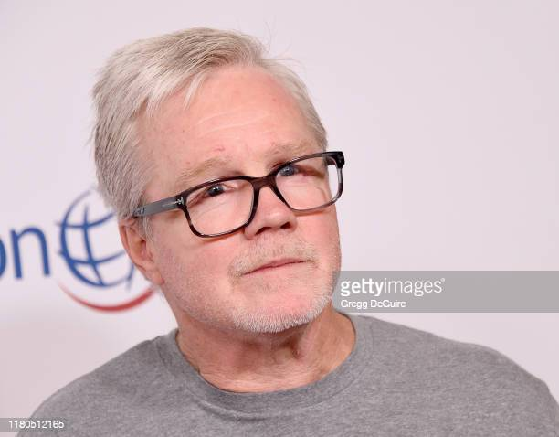 Freddie Roach arrives at Operation Smile's Hollywood Fight Night at The Beverly Hilton Hotel on November 6, 2019 in Beverly Hills, California.