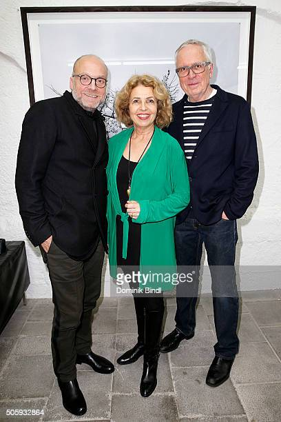 Freddy Kornfeld , Michaela May and Hubertus Hamm during the 'Hubertus Hamm - Time Modelling' exhibition preview on January 20, 2016 in Munich,...