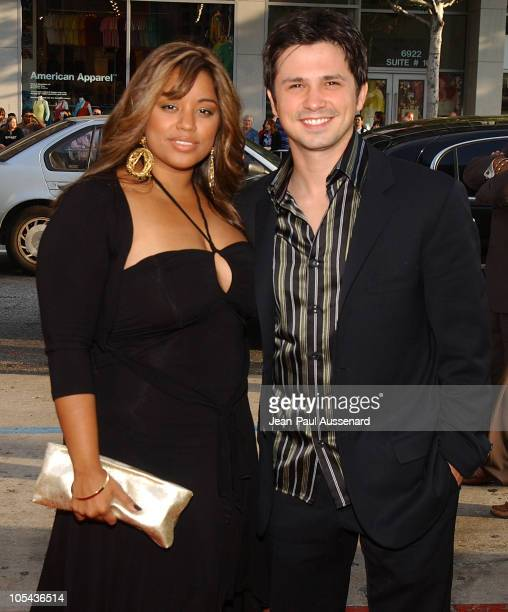 Freddy Rodriguez and wife Elsie during HBO's 'Six Feet Under' Season 5 Premiere at Chinese Theater in Hollywood California United States