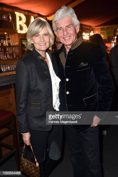 Frederic Meisner and his wife Yvonne Meisner during the VIP premiere of Schuhbecks Teatro at Spiegelzelt on October 25 2018 in Munich Germany