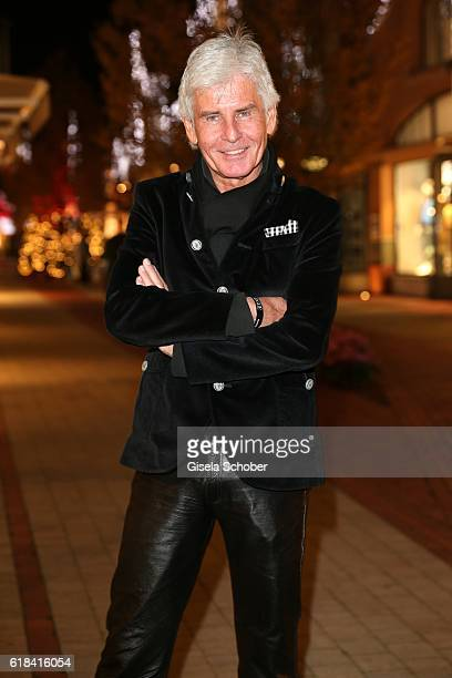 Frederic Meisner during the society shopping event at Ingolstadt Village on October 26 2016 in Ingolstadt Germany