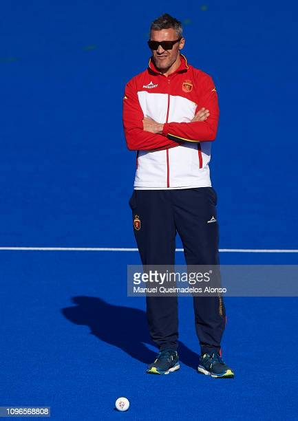 Frederic Soyez Coach of Spain looks on during the Men's FIH Field Hockey Pro League match between Spain and Belgium at Polideportivo Virgel del...