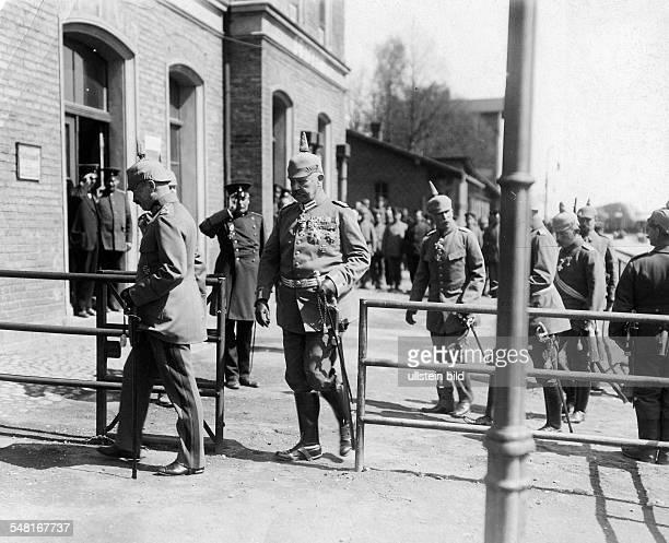Frederick Augustus III of Saxony King of Saxony *25051865 with Paul von Hindenburg at the eastern front in Loetzen Photographer Walte Gircke Vintage...