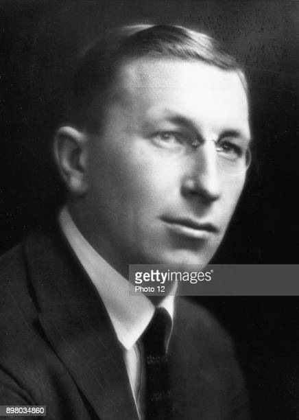 Frederick Grant Banting Canadian physiologist who with his assistant CH Best discovered Insulin Nobel prize for medicine 1923 Photograph courtesy of...