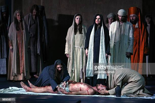 Frederik Mayet as Jesus Christ and ensemble members perform on stage during the Oberammergau passionplay 2010 final dress rehearsal on May 10, 2010...