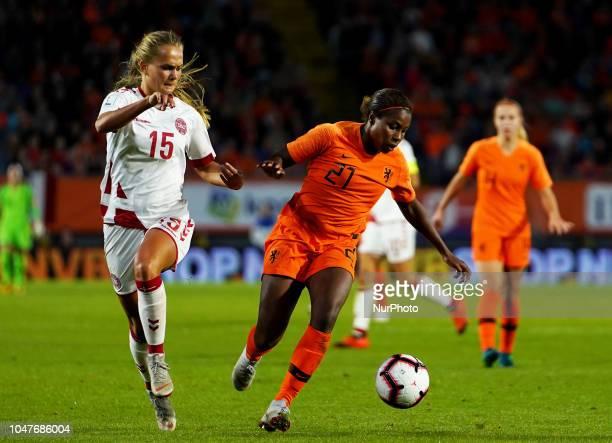 LR Frederikke Thogersen of Denmark and Lineth Beerensteyn of Nederland during UEFA European Qualifying Play Off Women's World Cup between Nederland...