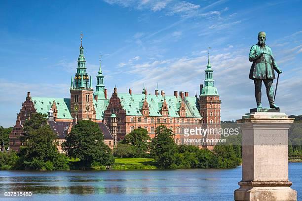 frederiksborg castle, denmark - frederiksborg castle stock pictures, royalty-free photos & images
