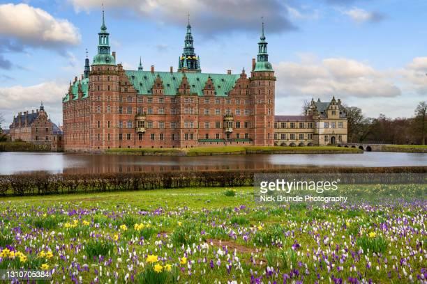 frederiksborg castle, hillerød, denmark. - hillerod stock pictures, royalty-free photos & images
