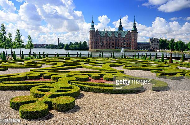 frederiksborg garden - frederiksborg castle stock pictures, royalty-free photos & images