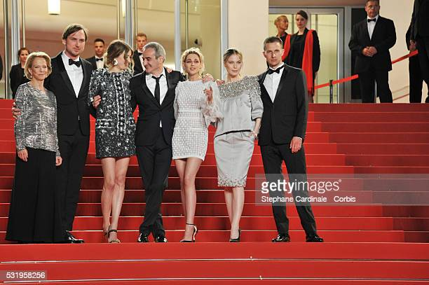 Frederique Bredin actor Lars Eidinger actress Sigrid Bouaziz director Olivier Assayas actress Kristen Stewart actress Nora von Waldstaetten and actor...