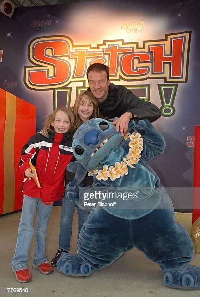 Fredi Bobic Tochter Celine Tochter Tyra Micky Mousse neue Show Stitch Live Disneyland Resort Paris Disney Studios Frankreich Europa Freizeitpark...