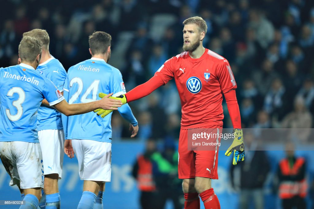 Fredrik Andersson of Malmo FF during the allsvenskan match between Malmo FF and AIK at Swedbank Stadion on October 23, 2017 in Malmo, Sweden.