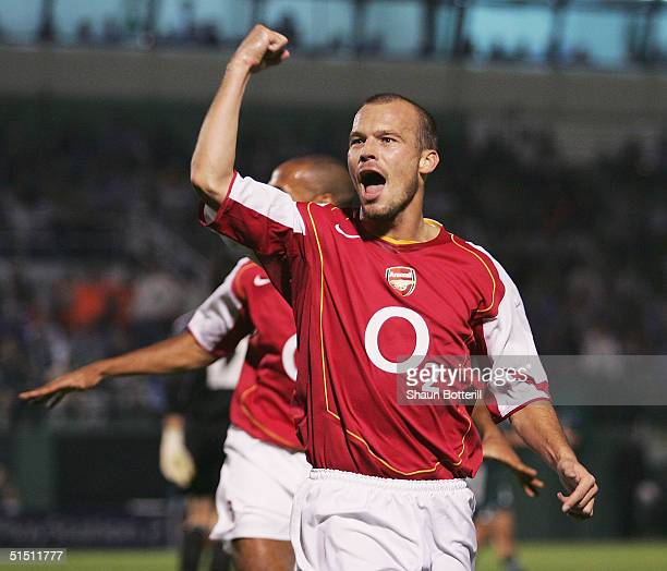 Fredrik Ljungberg of Arsenal celebrates after scoring during the UEFA Champions League Group E match between Panathinaikos and Arsenal at the...