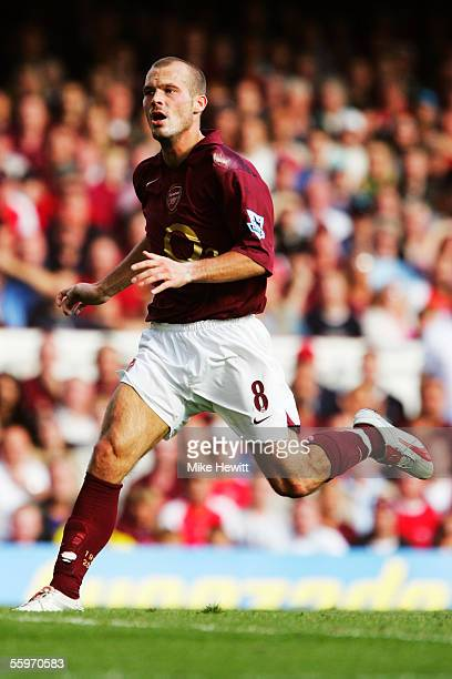 OCTOBER 2 Fredrik Ljungberg of Arsenal in action during the Barclays Premiership match between Arsenal and Birmingham City at Highbury on October 2...