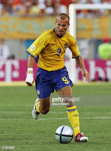 Fredrik Ljungberg of Sweden in action during the UEFA Euro 2004, Quarter Final match between Sweden and Holland at the Algarve Stadium on June 26,...