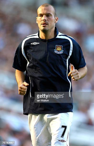 Fredrik Ljungberg of West Ham United warms up during the Barclays Premier League match between West Ham United and Middlesbrough at Upton Park on...