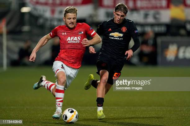Fredrik Midtsjo of AZ Alkmaar Brandon Williams of Manchester United during the UEFA Europa League match between AZ Alkmaar v Manchester United at the...