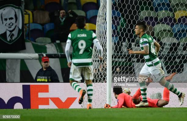 Fredy Montero of Sporting Lisbon scores the second goal during the UEFA Europa League Round of 16 first leg match between Sporting Lisbon and...