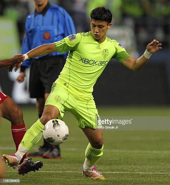 Fredy Montero of the Seattle Sounders FC controls the ball against the Chicago Fire during the 2011 Lamar Hunt US Open Cup Final at CenturyLink Field...