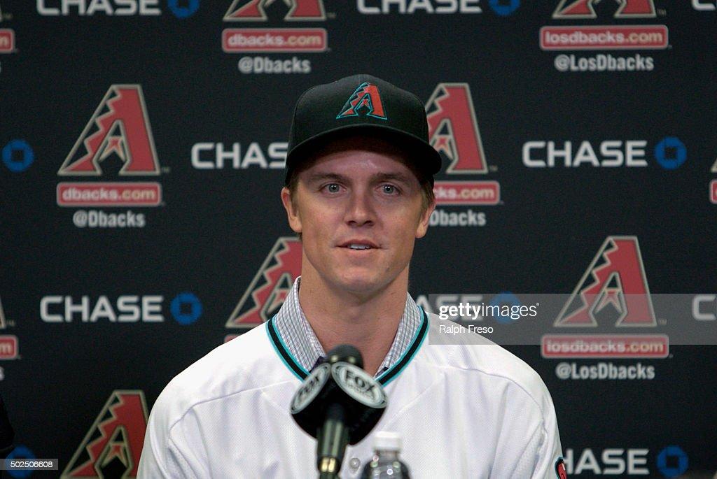 Arizona Diamondbacks Introduce Zack Greinke : News Photo