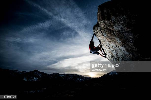 free climbing - gripping stock pictures, royalty-free photos & images
