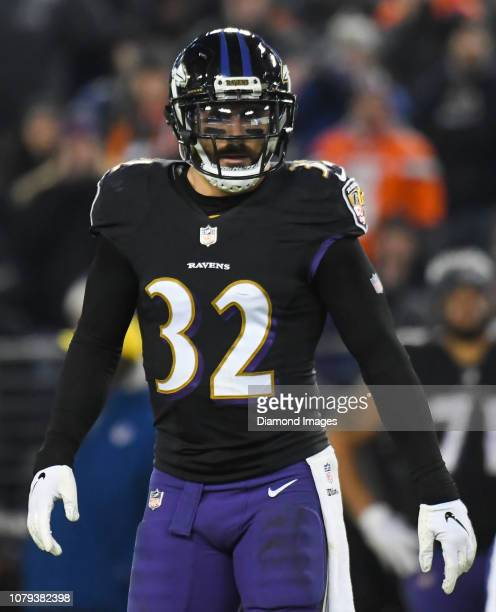 Free safety Eric Weddle of the Baltimore Ravens on the field in the second quarter of a game against the Cleveland Browns on December 30 2018 at MT...