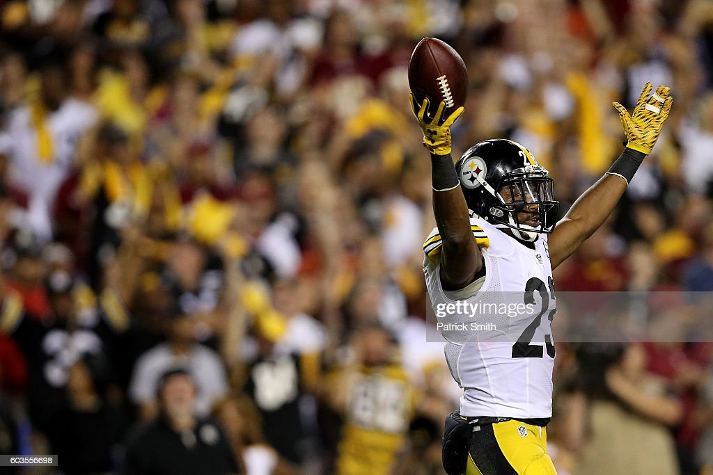 Free safety Mike Mitchell #23 of the Pittsburgh Steelers acknowledges the crowd against the Washington Redskins in the fourth quarter at FedExField on September 12, 2016 in Landover, Maryland.