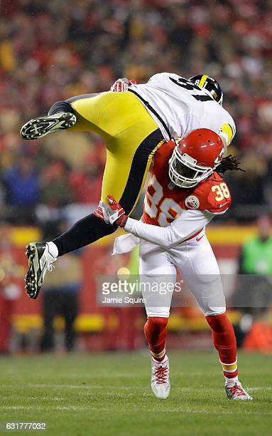 Free safety Ron Parker of the Kansas City Chiefs tackles tight end Jesse James of the Pittsburgh Steelers in after a catch for a first down in the...