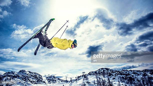 free style skiing - freestyle skiing stock pictures, royalty-free photos & images