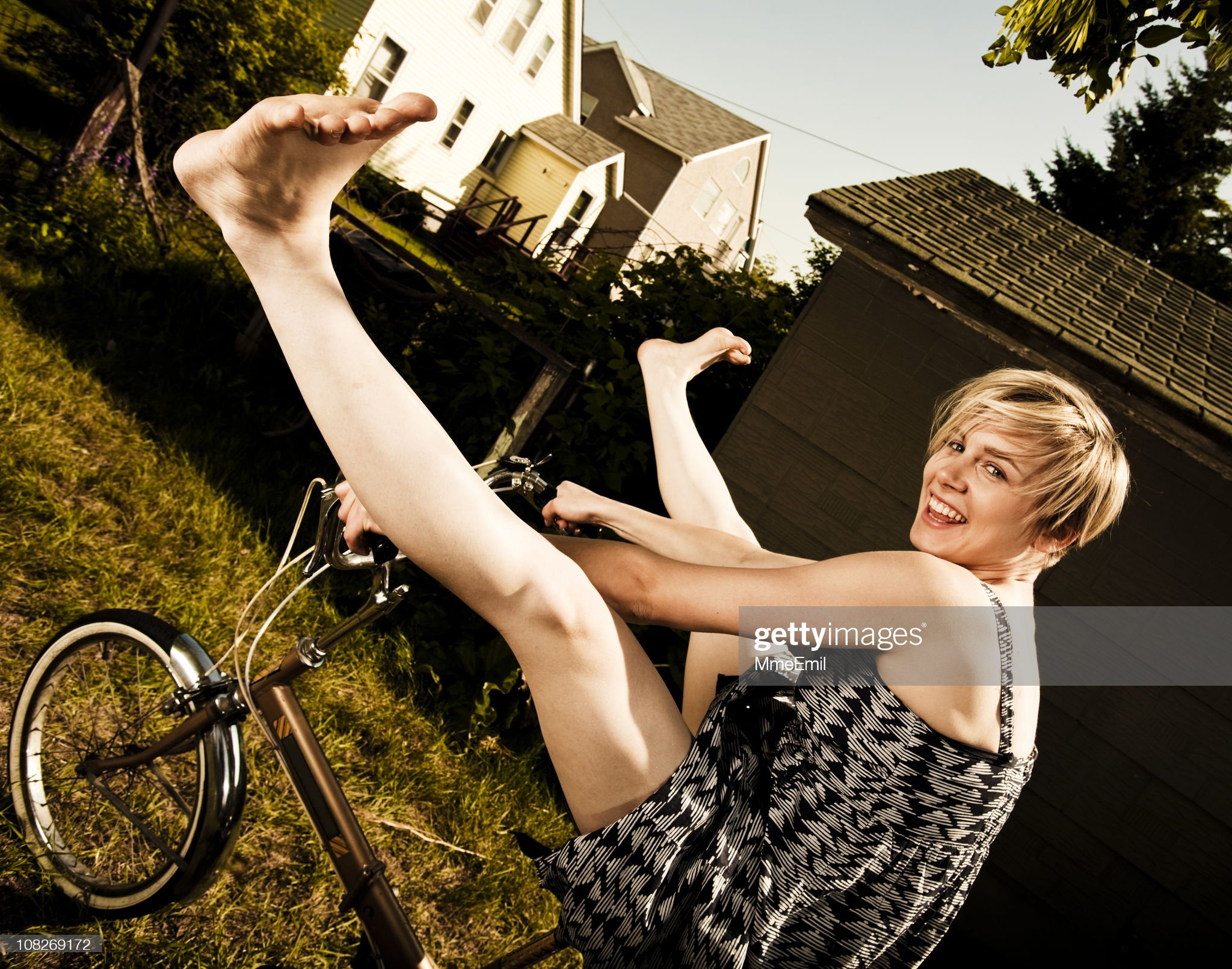 https://media.gettyimages.com/photos/freedom-and-bicycle-picture-id108269172?s=2048x2048