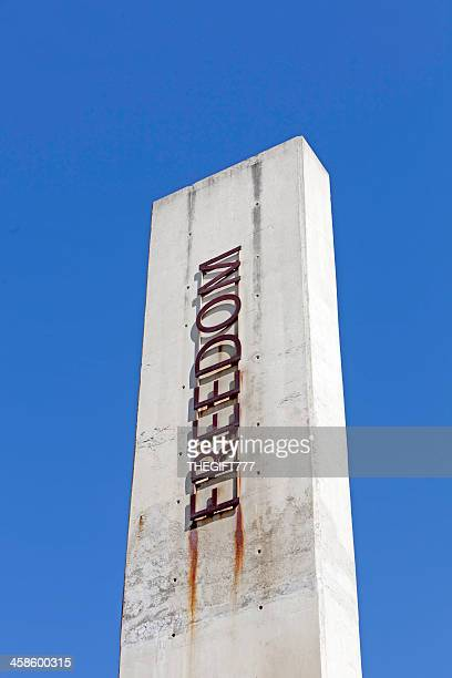 freedom pillar at the apartheid museum - apartheid museum stock pictures, royalty-free photos & images