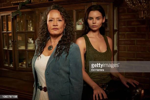 SIREN Freeform's Siren stars Rena Owen as Helen and Eline Powell as Ryn